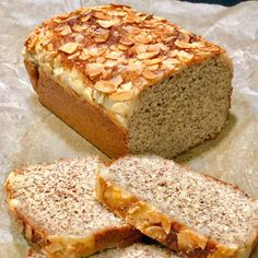 Types Of Bread, Meals For One, Banana Bread, Low Carb, Baking, Desserts, Instagram, Bread Types, Flaxseed Flour