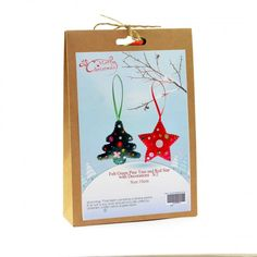 Christmas Novelty DIY Craft Kit Create a felt Christmas tree and star. Have fun creating Christmas decorations to hang around your home or to give as a special handmade g Craft Kits, Diy Kits, Craft Projects, Felt Christmas, Christmas Crafts, Christmas Decorations, Fun Crafts, Crafts For Kids, Xmas Gifts