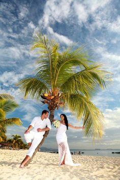 Wedding of Helena & Zdenek at Dinarobin, Mauritius  Un mariage au Paradis - Elie Bernager