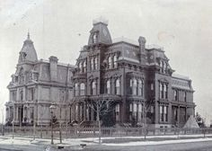 Home of Christopher Mabley at 1105 Woodward Ave, Detroit. Mabley was the founder of Detroit's first department store in Boeing house in the background. Casa Hotel, American Mansions, Detroit History, Old Mansions, Abandoned Mansions, Abandoned Houses, Victorian Architecture, Renaissance Architecture, Classical Architecture