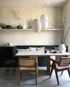Cheap Wall Decor, Cheap Home Decor, Dining Nook, Dining Room Design, Beautiful Interiors, Interiores Design, Kitchen Interior, Interior Livingroom, Home Decor Accessories