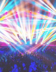 I love the lights at concerts.