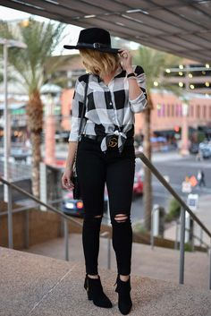 The cutest plaid top for Fall #FallStyle #CityStyle