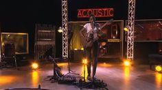 Irma sur la scène d'Acoustic.