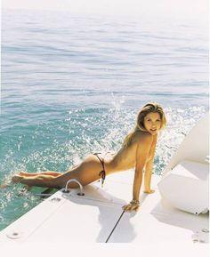 """Flávia Alessandra: estrela da edição de 31 anos da """"Playboy"""""""