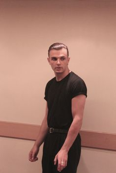 Theo Hutchcraft, Hurts, band
