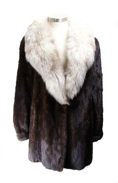 Women's Brown Mink Stroller With Fluffy Fox Trim Unique Vintage, Vintage Items, American Jewelry, Luxury Handbags, Mink, New Fashion, Fur Coat, Fox, Fashion Jewelry
