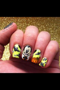 Spooky Mickey! #bctcinspired #nailart