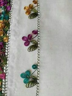 This Pin was discovered by Ser Tesettür Eşarp Modelleri 2020 Embroidery Tools, Beaded Embroidery, Hand Embroidery, Embroidery Designs, Needle Tatting, Tatting Lace, Needle Lace, Baby Knitting Patterns, Crochet Patterns