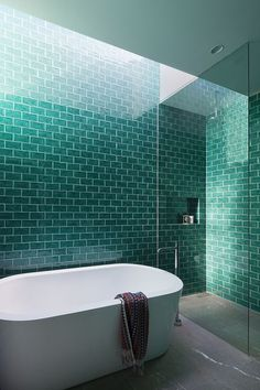 90+ Emerald Green Bathroom Tile Designs To Refresh Your Room