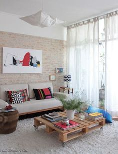 Nice Decoracao De Casas Interiores Simples that you must know, Youre in good company if you?re looking for Decoracao De Casas Interiores Simples Decoration Design, Decoration Table, Home Living Room, Living Room Decor, Table Palette, Style Deco, Pallet Furniture, Skid Furniture, Furniture Plans