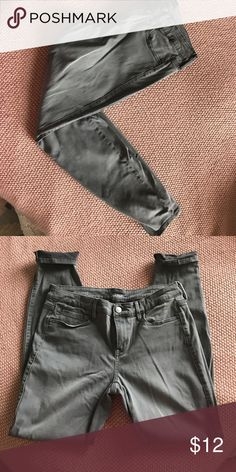 Grey jegging Only Worn Once! Grey jegging OnlyWorn Once a.n.a Jeans Skinny