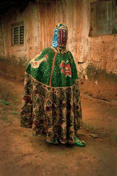 Les Vêtements traditionnels du Vaudou au Bénin (1)