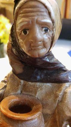 """Pasos Artisans Paper Mache Figurine La Fiesta Old Lady with a Pot 6.25""""  H  EUC"""