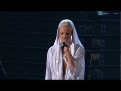 Pink ... Glitter In The Air @ the 2010 Grammys