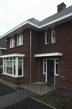 Brummelhuis, dertiger jaren woning met superstrak interieur - Eigenhuisbouwen.nl