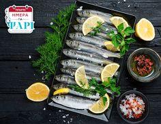 Την Τετάρτη τρώμε ψάρι! Σήμερα θα βρείτε φρέσκια σαρδέλα Ελλάδος νωπή, πλούσια σε πολύτιμα λιπαρά οξέα και πληθώρα βιταμινών και μετάλλων! Fresh Rolls, Ethnic Recipes, Food, Meals