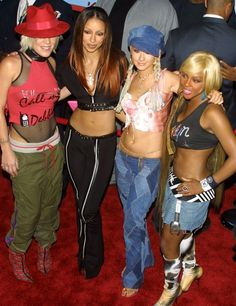 Early 2000 Fashion Trends | Women's fashion early 2000s