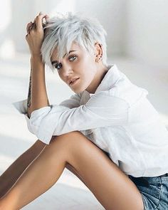 Short Grey Hair, Short Hair With Layers, Short Hair Long Bangs, Short Neck, Super Short Hair, Short Pixie Haircuts, Short Hairstyles For Women, Short Hair Cuts For Women Edgy, Easy Hairstyles