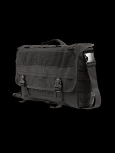 The Dispatch Bag, a worthy competitor to the Fossil Terrain E/W.