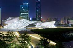 Casa de Ópera Guangzhou / Zaha Hadid Architects