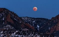 How to Photograph the Upcoming Lunar Eclipse