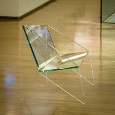 Poltrona Aresta, design Maria Alice de Carvalho