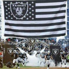 New Raiders Team Flag