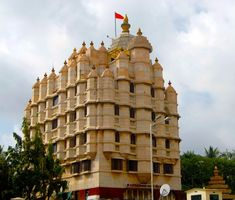#Mumbai #Tourism #Sightseeing #Travel  #Hotel #Travel #History #Culture #Temple- Siddhivinayak Temple