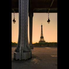 Pont Bir-Hakeim et Tour Eiffel