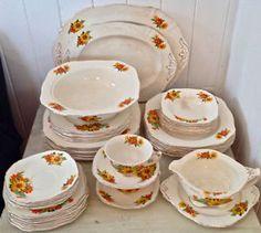 1000 images about antiquit porcelaine on pinterest levis d and antiques - Vaisselle en porcelaine ...