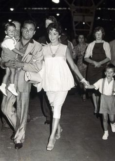 Elisabeth Taylor with husband Mike Todd her two boys Michael (walking) and Christopher (both Wilding boys) - summer of 1957 - Elizabeth is pregnant with Liza (daughter she and Mike Todd had)