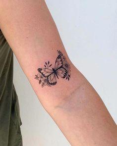 45 wonderful butterfly tattoo ideas for tattoo lovers - page 31 of 99 . - 45 wonderful butterfly tattoo ideas for tattoo lovers – Page 31 of 99 – CoCohots – 45 wonderf - Monarch Butterfly Tattoo, Butterfly Tattoo Meaning, Butterfly Tattoos For Women, Tiny Tattoos For Girls, Butterfly Tattoo Designs, Tattoo Girls, Small Tattoos, Butterfly Wrist Tattoo, Realistic Butterfly Tattoo