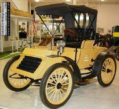 1902 Haynes Apperson Runabout. Haynes Apperson Company. Kokomo 1898-1904 ▓█▓▒░▒▓█▓▒░▒▓█▓▒░▒▓█▓ Gᴀʙʏ﹣Fᴇ́ᴇʀɪᴇ ﹕ Bɪᴊᴏᴜx ᴀ̀ ᴛʜᴇ̀ᴍᴇs ☞ http://www.alittlemarket.com/boutique/gaby_feerie-132444.html ▓█▓▒░▒▓█▓▒░▒▓█▓▒░▒▓█▓