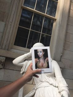 Kim Kardashian's selfies get the museum treatment they deserve - http://www.baindaily.com/kim-kardashians-selfies-get-the-museum-treatment-they-deserve/