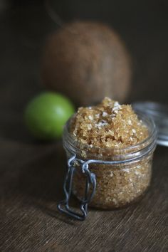 Beauty DIY: Refreshing Lime Coconut Foot Soak Recipe