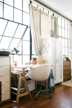 Book-Lover Family's Dreamy Loft
