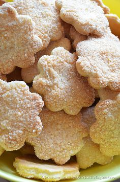 Shortbread cookies with sugar Snack Recipes, Cooking Recipes, Snacks, Hungarian Cake, Tasty, Yummy Food, Polish Recipes, Shortbread Cookies, Carrot Cake