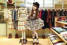 Like a young lady eternally~   #laforet #harajuku #janemaple #shopping #japan #japankuru #cooljapan #100tokyo #tokyo #tokyothisweek #newyear #sale