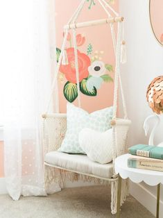 Dazzling 7 year old girl room ideas Bedroom Swing, Diy Room Decor, Bedroom Decor, Bedroom Ideas, Floral Bedroom, Fantasy Bedroom, Girl Bedroom Designs, Swinging Chair, Little Girl Rooms