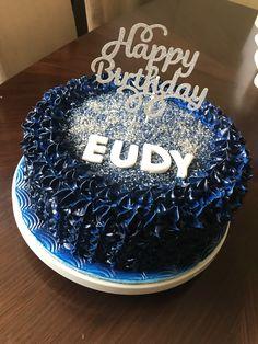 Simple cake for men Birthday Cake For Men Easy, Simple, Desserts, Food, Tailgate Desserts, Deserts, Meals, Dessert, Yemek