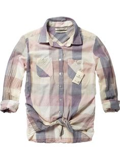 Fancy shirt with front knot