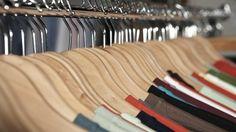 C&A sluit volgende maand 21 verliesmakende winkels in Spanje als gevolg van teruglopende kledingverkopen. Het gaat om 14 reguliere winkels en 7 kinderwinkels, bevestigde de Nederlandse winkelketen dinsdag.