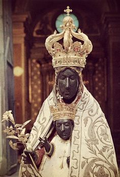 The miraculous Black Madonna of Tindari, Sicily. Divine Mother, Blessed Mother Mary, Blessed Virgin Mary, Lady Madonna, Madonna And Child, Religious Images, Religious Art, Immaculée Conception, La Madone