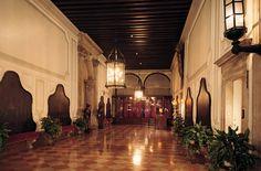 Il portego inferiore di Ca' Vendramin Calergi Grand Canal, Palazzo, Bella, Venice, Art Decor, Architecture, Antiques, Building, Places