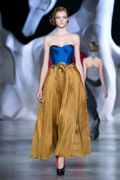 Revisiting the Fairy Tale: Snow White goes couture. Paris Couture Review: Chanel, Dior, Armani Privé and More - NYTimes.com Fairy Tale