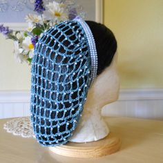Borgia Inspired Beaded Snood Hair Net - The Lucrezia Civil War Hairstyles, Medieval Hairstyles, Snood Pattern, Damsel In This Dress, Knitted Hats, Crochet Hats, Rockabilly Hair, Renaissance Costume, Queen