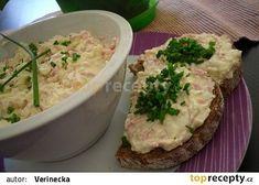 Vajíčková pomazánka od babičky recept - TopRecepty.cz Czech Recipes, Ethnic Recipes, Fast Dinners, Pesto, Potato Salad, Mashed Potatoes, Salsa, Food And Drink, Healthy Recipes