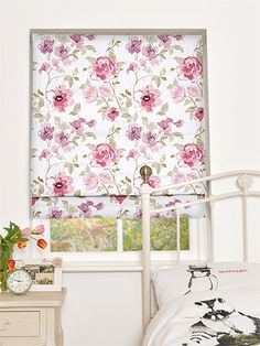 Rosemary Cameo Pink Roman Blind