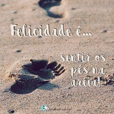 Boooa tardeeeee... ☀ ⠀⠀⠀⠀⠀⠀⠀⠀⠀⠀⠀⠀⠀⠀⠀ Você lembra a última vez que colocou os pés na areia? Lembra de como se sentiu? A felicidade definitivamente está nas pequenas coisas da vida. 🙏🏽😀  ⠀⠀⠀⠀⠀⠀⠀⠀⠀⠀⠀⠀⠀⠀⠀⠀⠀⠀⠀⠀⠀⠀⠀⠀⠀⠀⠀⠀ Encontrandomeulugar.com #felicidade #simplicidade #natureza #serenidade